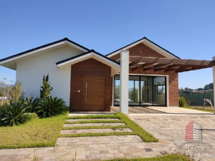 Casa de 3 dormitórios no bairro Moinhos D' Água em Lajeado