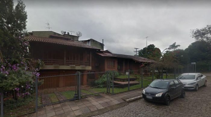 Casa de 4 dormitórios no bairro Florestal em Lajeado
