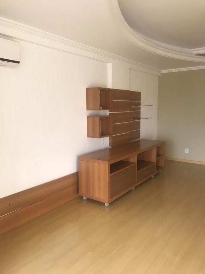 Apartamento - Semi/mobiliado de 2 dormitórios no bairro Centro em Lajeado