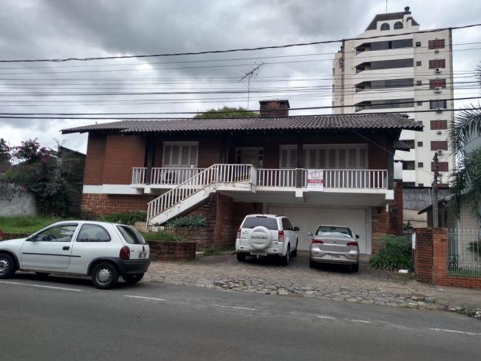 Casa de 3 dormitórios no bairro Florestal em Lajeado