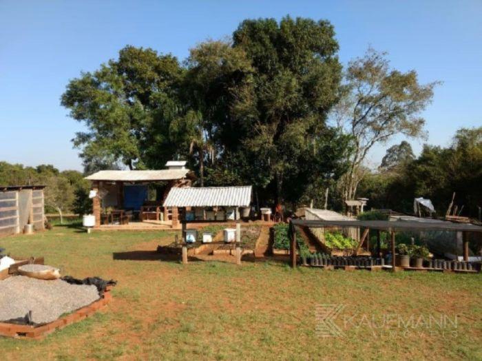 Rural - Chácara/Sítio de 2 dormitórios no bairro Costão em Estrela