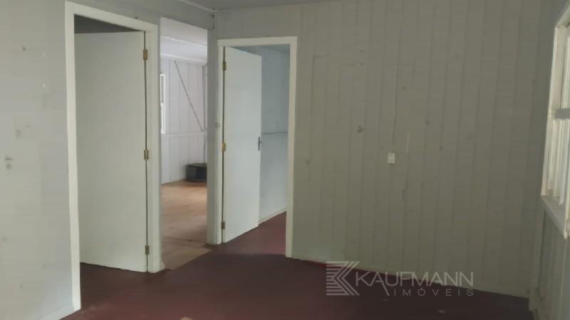 Casa de Madeira de 2 dormitórios no bairro São Cristóvão em Lajeado