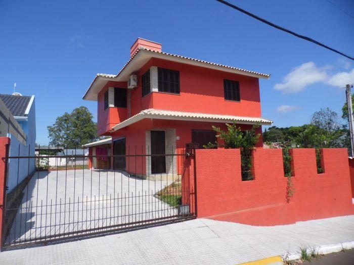 Casa de 3 dormitórios no bairro Cristo Rei em Estrela