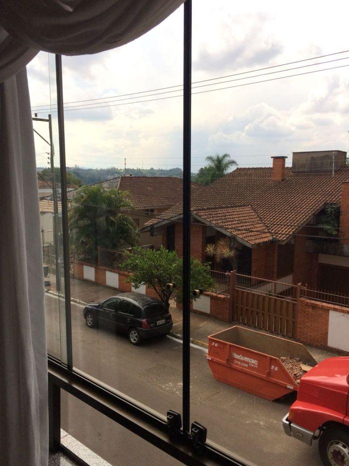 Apartamento no bairro Centro em Estrela