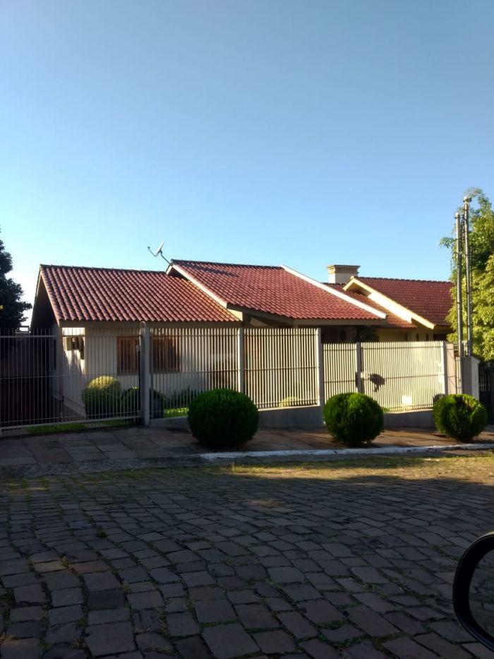 Casa de 3 dormitórios no bairro Montanha em Lajeado